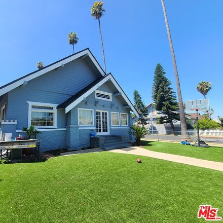 Rent this 0 bed apartment on 2096 West 29th Street in Los Angeles, CA 90018