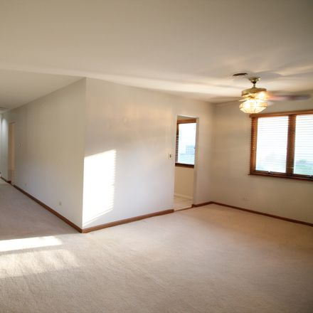 Rent this 3 bed house on 634 Hillside Dr in Hinsdale, IL