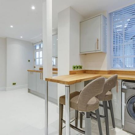 Rent this 3 bed house on Keiller House in 1 Kennard Street, London E16 2HR
