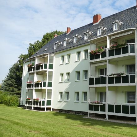 Rent this 3 bed apartment on Paul-Fritzsching-Straße 22 in 09212 Limbach-Oberfrohna, Germany
