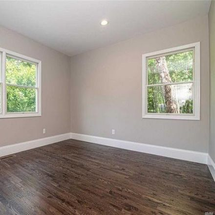 Rent this 5 bed house on 6 Old Field Woods Road in Old Field, NY 11733