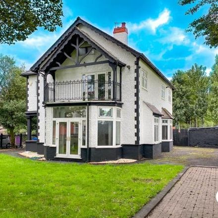 Rent this 5 bed house on The Grove in Liverpool, L13