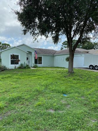 Rent this 3 bed apartment on 4475 Kings Hwy in Cocoa, FL