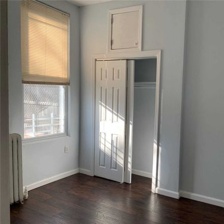 Rent this 3 bed apartment on Highland Pl in Brooklyn, NY