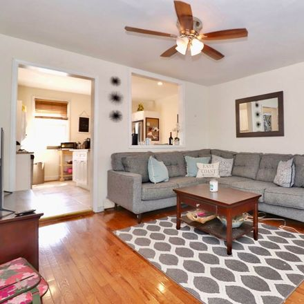 Rent this 3 bed apartment on 5th St in Jersey City, NJ