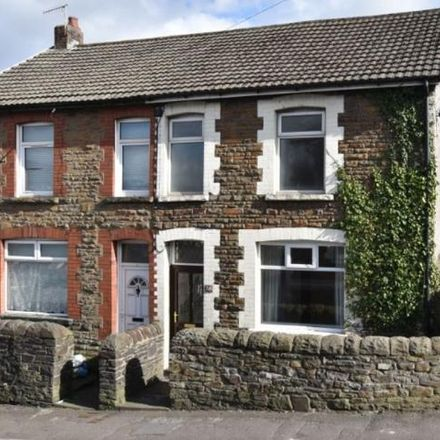 Rent this 3 bed house on Temple Baptist in Graig Building, High Street