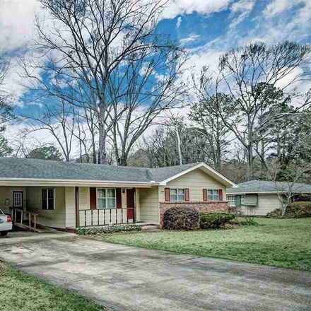 Rent this 3 bed house on 5427 Suffolk Drive in Jackson, MS 39211