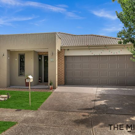 Rent this 4 bed house on 15 Grattan Street