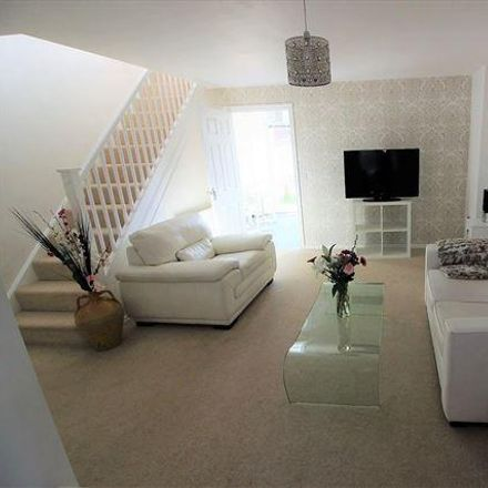 Rent this 3 bed house on Dene Place in Sheffield S13 9DN, United Kingdom
