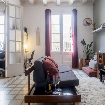 Rent this 3 bed room on Carrer del Pi in 10, 08002 Barcelona