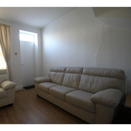 Rent this 3 bed house on Newent Lane in Sheffield S10 1HB, United Kingdom