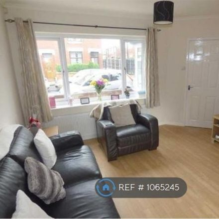 Rent this 2 bed house on Houghton Street in Royton OL2 5AG, United Kingdom