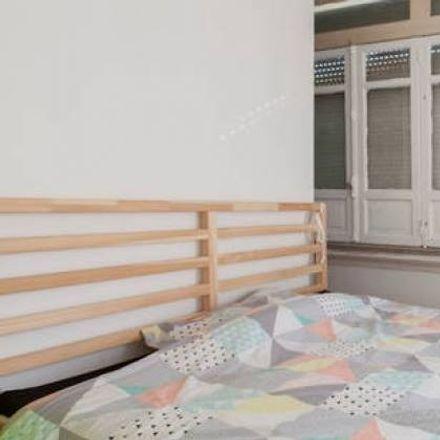 Rent this 3 bed room on Av. Alm. Reis 240 in 1900-221 Lisboa, Portugal