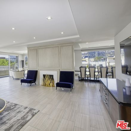 Rent this 2 bed condo on 339 North Palm Drive in Beverly Hills, CA 90210