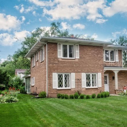Rent this 3 bed house on 8310 Baring Avenue in Munster, IN 46321