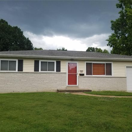 Rent this 3 bed house on Vegas Dr in Saint Louis, MO
