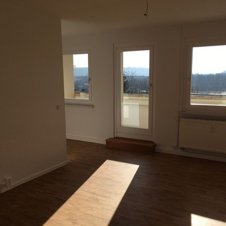 Rent this 4 bed apartment on Lindenstraße 17c in 01796 Pirna, Germany