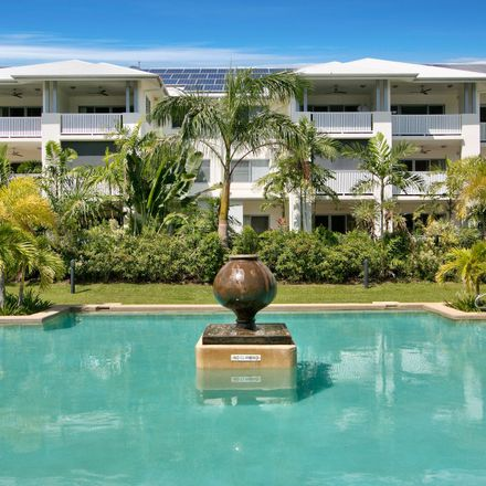 Rent this 3 bed apartment on 77/108 Trinity Beach Road