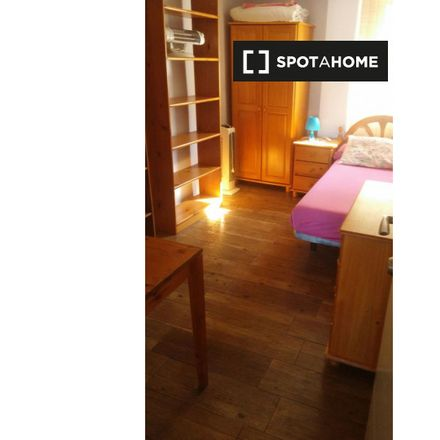 Rent this 4 bed apartment on Carrer de Benicarló in 31, 46020 Valencia