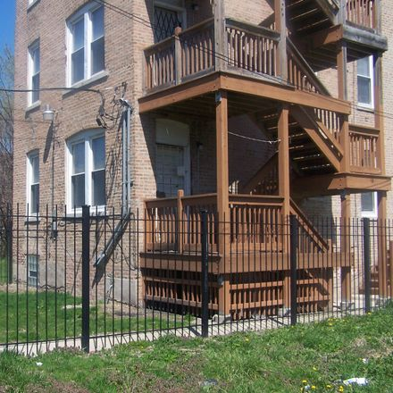 Rent this 1 bed townhouse on Chicago in North Lawndale, IL