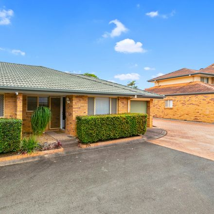 Rent this 2 bed townhouse on 7/2 Corella Place