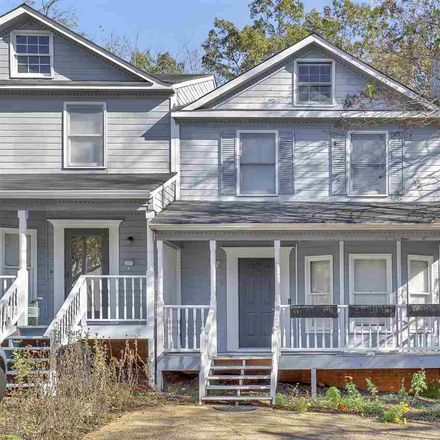 Rent this 3 bed townhouse on 9659 Williamsburg Drive in Birmingham, AL 35215