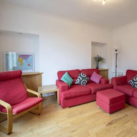 Rent this 2 bed house on Sutherland Avenue in Stirling FK8 1LS, United Kingdom