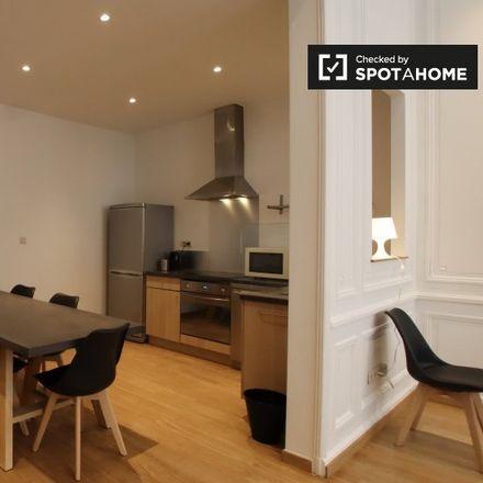Rent this 2 bed apartment on Sint-Jan Berchmanscollege in Rue des Ursulines - Ursulinenstraat 4, 1000 Ville de Bruxelles - Stad Brussel