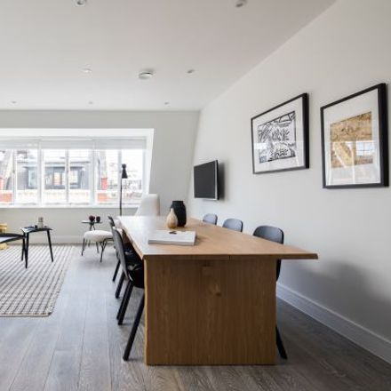 Rent this 5 bed apartment on New Loon Moon Supermarket in Gerrard Street, London W1D 5PD