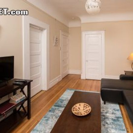 Rent this 2 bed house on 438-438B Vallejo Street in San Francisco, CA 94133