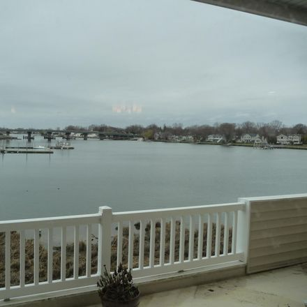 Rent this 3 bed condo on 29 Sunset Avenue in Long Branch, NJ 07740