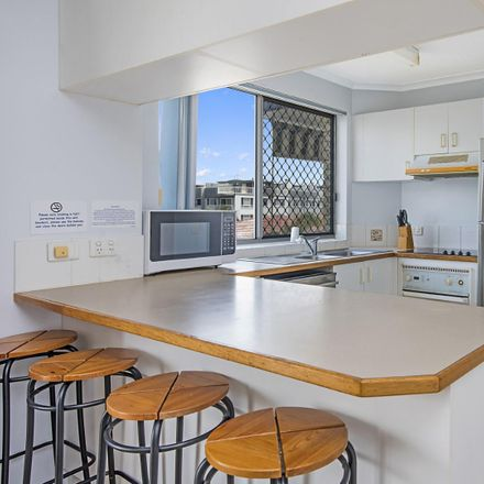 Rent this 2 bed apartment on 14/33 Burgess Street
