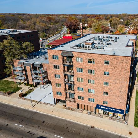 Rent this 1 bed condo on West North Avenue in Elmwood Park, IL 60302
