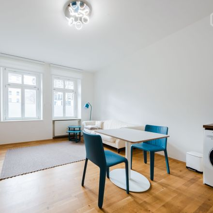Rent this 1 bed apartment on Tumblingerstraße in 80337 Munich, Germany