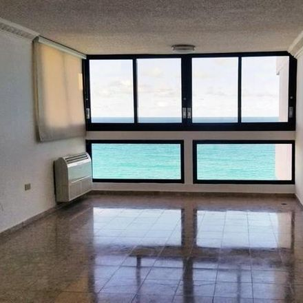 Rent this 3 bed condo on PR 00924