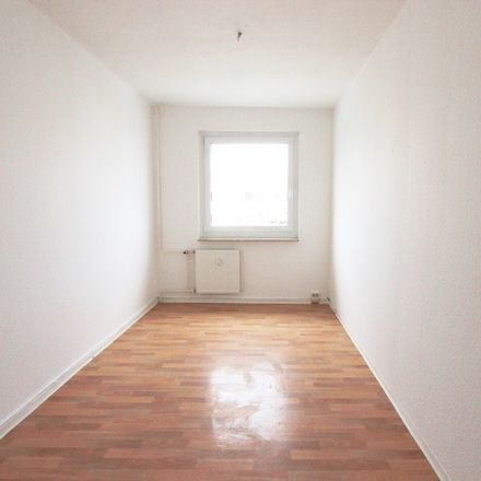 Rent this 3 bed apartment on Otto-Rothe-Straße 39 in 07549 Gera, Germany