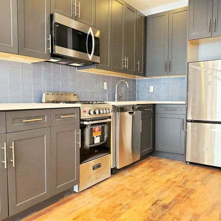 Rent this 3 bed apartment on 4 Fresh Pond Rd in Ridgewood, NY