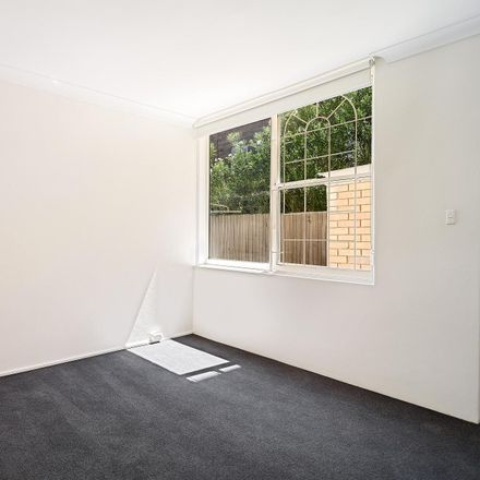 Rent this 2 bed apartment on 3/10 Westleigh Street