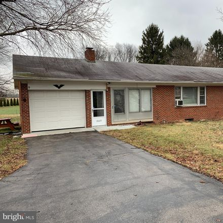 Rent this 3 bed house on 5869 York Road in North Codorus Township, PA 17362