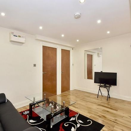 Rent this 1 bed apartment on Shoparound in Archel Road, London W14 9QH