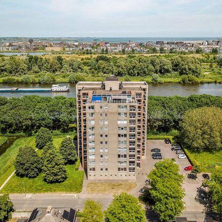Rent this 2 bed apartment on Hermelijnvlinder in 1113 LH Diemen, Netherlands