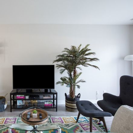 Rent this 2 bed apartment on Anza Avenue in Torrance, CA 90505