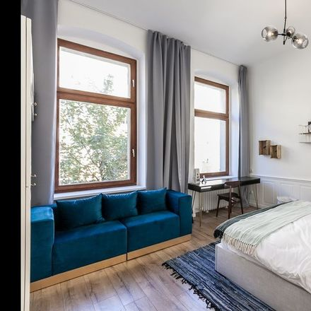 Room In 3 Bed Apt At Wiclefstrasse 10551 Berlin Alemania For