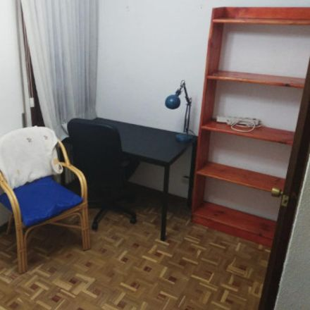 Rent this 3 bed room on Calle Madrid in 123, 28903 Getafe