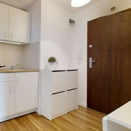 Rent this 5 bed room on Leszno 19 in 01-199 Warsaw, Poland
