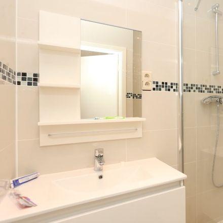 Rent this 1 bed apartment on Rue Hydraulique - Waterkrachtstraat 25 in 1210 Saint-Josse-ten-Noode - Sint-Joost-ten-Node, Belgium