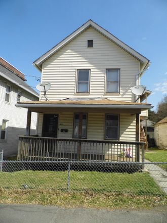 Rent this 2 bed apartment on Maple Street in Scranton, PA 18505