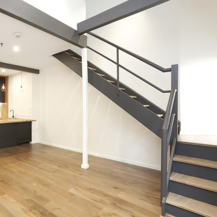 Rent this 1 bed apartment on 19/281-287 Sussex Street