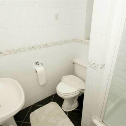 Rent this 2 bed apartment on Farfield Court in Leeds LS17, United Kingdom