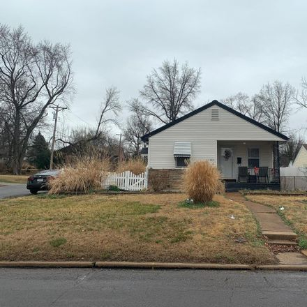 Rent this 3 bed house on Washington St in Florissant, MO